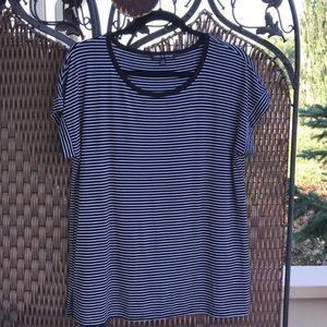 Cable & Gauge Black & White Stripe Tee NWOT